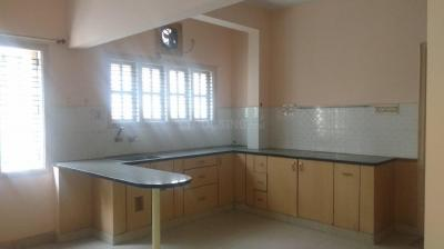 Gallery Cover Image of 1200 Sq.ft 2 BHK Apartment for rent in 5th Phase for 16500