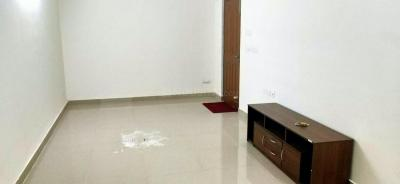 Gallery Cover Image of 1559 Sq.ft 3 BHK Apartment for rent in Mambakkam for 12000