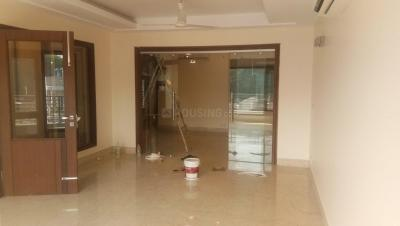 Gallery Cover Image of 3150 Sq.ft 4 BHK Independent Floor for rent in Chittaranjan Park for 120000