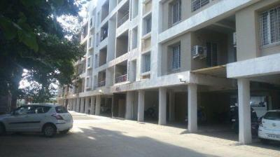 Gallery Cover Image of 1100 Sq.ft 2 BHK Apartment for rent in Hadapsar for 20000