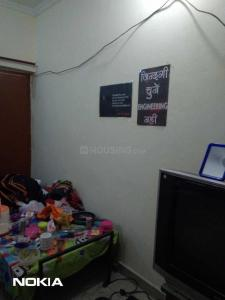 Gallery Cover Image of 350 Sq.ft 1 RK Apartment for rent in Sarita Vihar for 11000