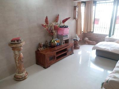 Gallery Cover Image of 650 Sq.ft 1 BHK Apartment for buy in Andheri West for 20000000