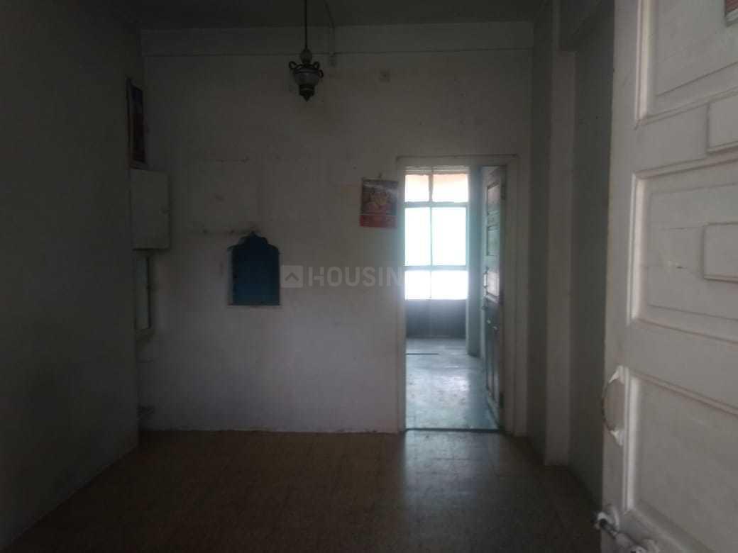 Living Room Image of 350 Sq.ft 1 BHK Apartment for rent in Ghatkopar East for 20000