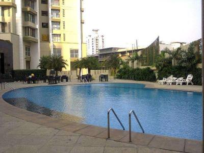 Gallery Cover Image of 1335 Sq.ft 2 BHK Apartment for buy in Parel for 42500000