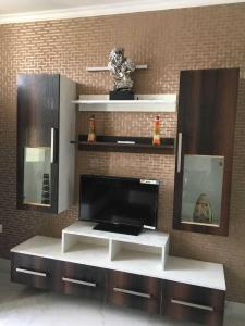 Gallery Cover Image of 3200 Sq.ft 4 BHK Independent Floor for buy in Surya Nagar for 16500000