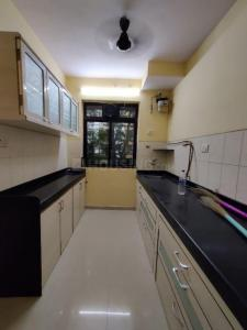 Gallery Cover Image of 600 Sq.ft 1 BHK Apartment for rent in Vasant Oscar, Mulund West for 28000