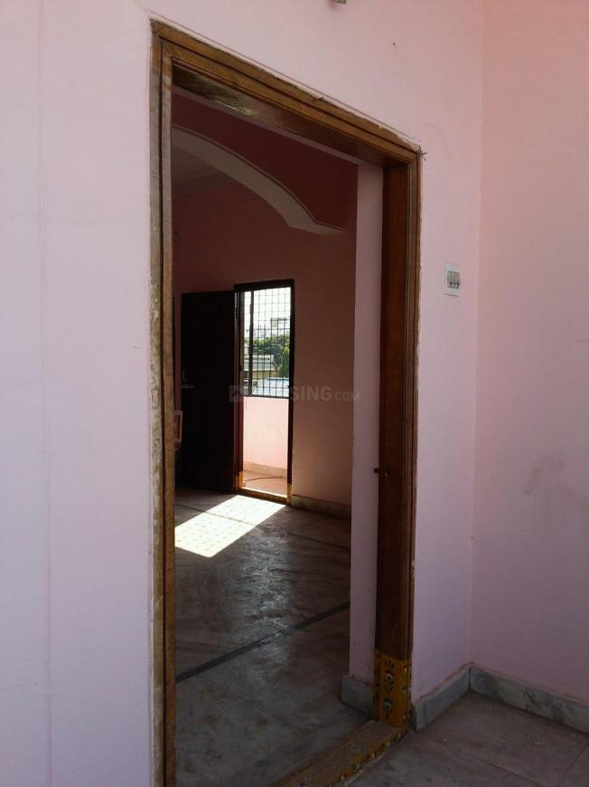 Main Entrance Image of 600 Sq.ft 1 BHK Apartment for rent in Old Malakpet for 5000