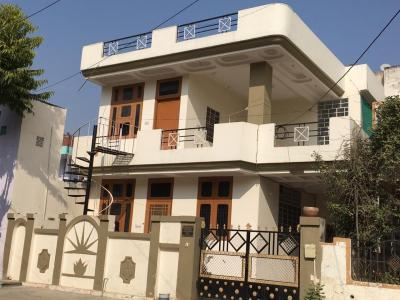 Gallery Cover Image of 2200 Sq.ft 3 BHK Independent House for buy in Malviya Nagar for 11000000