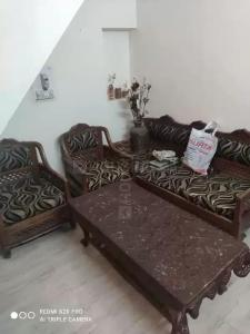 Gallery Cover Image of 450 Sq.ft 1 BHK Independent House for rent in Lajpat Nagar for 15000