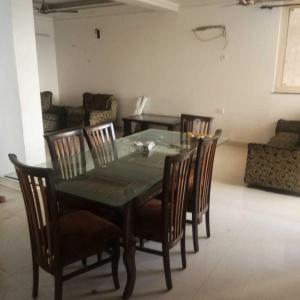 Gallery Cover Image of 1600 Sq.ft 3 BHK Apartment for rent in Trimurti Apartments, Sector 12 Dwarka for 33000