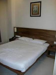 Gallery Cover Image of 800 Sq.ft 2 BHK Apartment for rent in Chembur for 42000