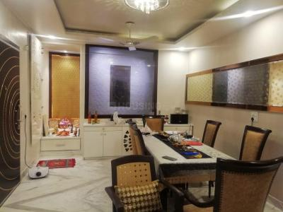 Gallery Cover Image of 3600 Sq.ft 4 BHK Independent Floor for buy in Paschim Vihar for 55000000