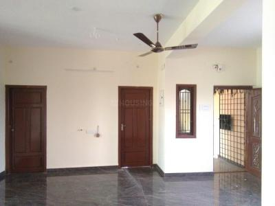 Gallery Cover Image of 1200 Sq.ft 2 BHK Independent Floor for rent in Selaiyur for 9500