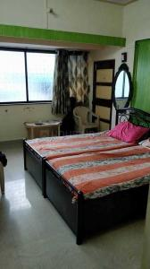 Gallery Cover Image of 590 Sq.ft 1 BHK Apartment for rent in Prabhadevi for 45500