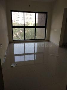 Gallery Cover Image of 750 Sq.ft 1 BHK Apartment for rent in Kandivali West for 24000