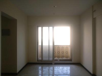 Gallery Cover Image of 880 Sq.ft 1.5 BHK Apartment for buy in Thane West for 7500000