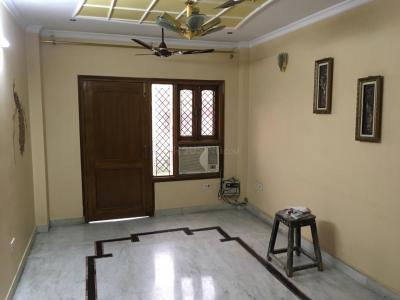 Gallery Cover Image of 2700 Sq.ft 3 BHK Independent Floor for rent in Ashok Vihar for 40000