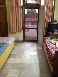 Bedroom Image of PG 4442345 Lajpat Nagar in Lajpat Nagar