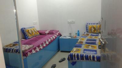 Bedroom Image of Tripathi Balaji Girls PG in Laxmi Nagar