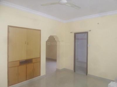 Gallery Cover Image of 1100 Sq.ft 2 BHK Apartment for rent in Sanjaynagar for 17000