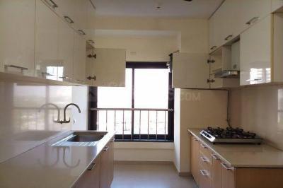 Gallery Cover Image of 1200 Sq.ft 2 BHK Apartment for rent in Godrej Platinum, Vikhroli East for 56000