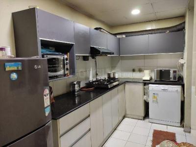 Gallery Cover Image of 1000 Sq.ft 2 BHK Independent Floor for rent in Siddha Xanadu Condominium, Rajarhat for 25000