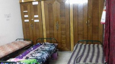 Bedroom Image of Sri Narmatha Ladies Hostel in Arumbakkam