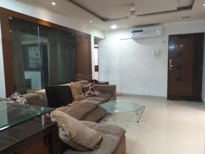Gallery Cover Image of 980 Sq.ft 2 BHK Apartment for rent in Chinchwad for 17000