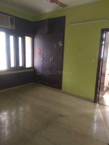 Gallery Cover Image of 1750 Sq.ft 3 BHK Apartment for rent in Sector 6 Dwarka for 32000