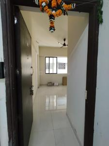 Gallery Cover Image of 340 Sq.ft 1 BHK Apartment for rent in HDIL Whispering Towers, Mulund West for 15000