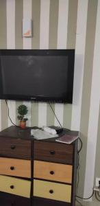 Gallery Cover Image of 1202 Sq.ft 2 BHK Apartment for rent in Logix Blossom County, Sector 137 for 20000