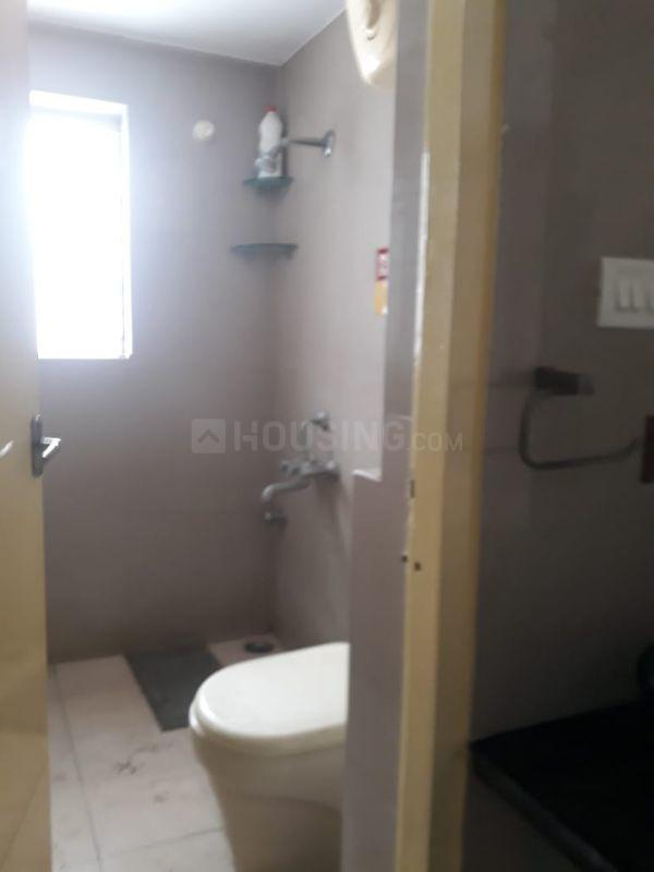 Bathroom Image of 1321 Sq.ft 3 BHK Apartment for buy in Thoraipakkam for 7660000