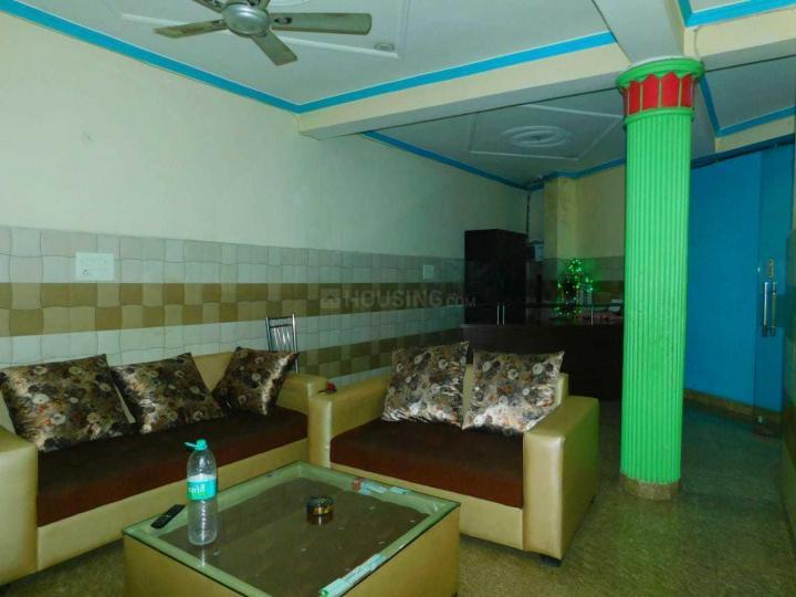 पीजी 4442088 सेक्टर 24 इन डीएलएफ़ फेज 3 के लिविंग रूम की तस्वीर
