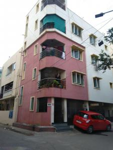 Gallery Cover Image of 850 Sq.ft 2 BHK Apartment for rent in Jeth Nagar for 22000