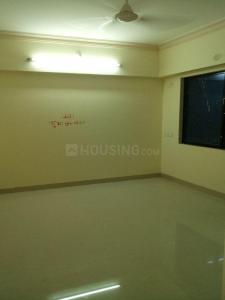 Gallery Cover Image of 350 Sq.ft 1 BHK Apartment for rent in Prabhadevi for 22000