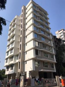 Gallery Cover Image of 1100 Sq.ft 3 BHK Apartment for buy in Borivali West for 23500000
