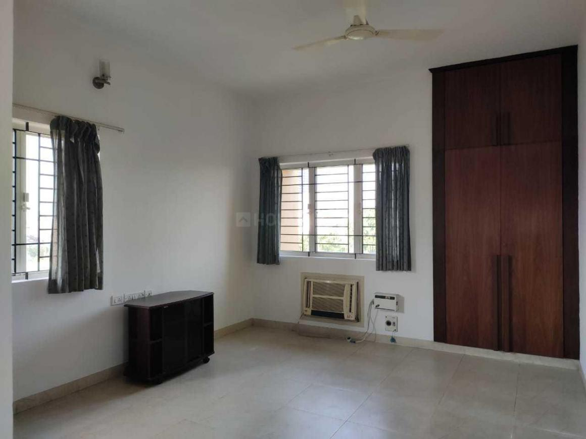 Living Room Image of 1450 Sq.ft 3 BHK Apartment for rent in Perungudi for 22000