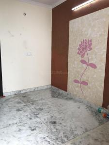 Gallery Cover Image of 500 Sq.ft 1 BHK Independent Floor for buy in Govindpuri for 1350000