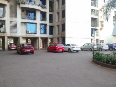 Gallery Cover Image of 1750 Sq.ft 3 BHK Apartment for rent in Kharghar for 30000
