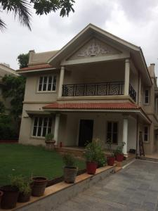 Gallery Cover Image of 3150 Sq.ft 4 BHK Independent House for rent in Shela for 40000