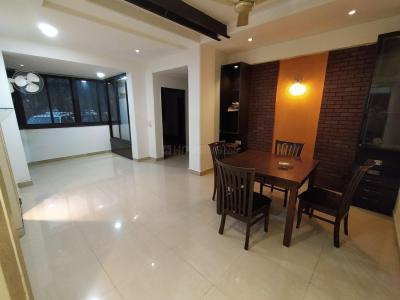 Gallery Cover Image of 1070 Sq.ft 2 BHK Apartment for rent in DLF Silver Oaks, DLF Phase 1 for 38000