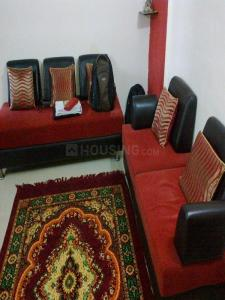Gallery Cover Image of 630 Sq.ft 1 BHK Apartment for rent in Kandivali East for 23000