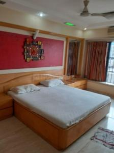 Gallery Cover Image of 1150 Sq.ft 2 BHK Apartment for rent in Sea Lord , Cuffe Parade for 160000