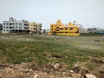 Gallery Cover Image of 1500 Sq.ft Residential Plot for buy in Perumbakkam for 6000000