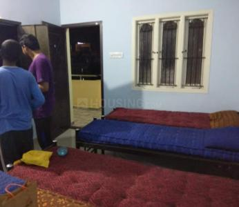 Bedroom Image of Sri Sai Deluxe Ladies Hostel in Egattur