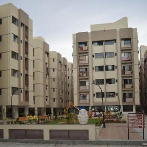 Gallery Cover Image of 1305 Sq.ft 2 BHK Apartment for buy in Bakeri Smarana Apartments, Vejalpur for 4600000