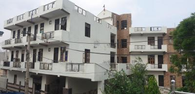 Gallery Cover Image of 210 Sq.ft 1 RK Apartment for rent in Sector 56A for 6000