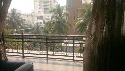 Gallery Cover Image of 2350 Sq.ft 4 BHK Apartment for buy in Juhu for 90000000