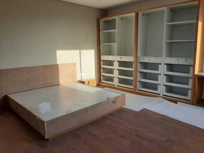 Gallery Cover Image of 265 Sq.ft 3 BHK Apartment for buy in Sola Village for 13600000