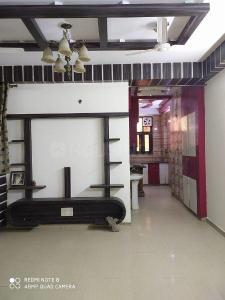 Gallery Cover Image of 1350 Sq.ft 2 BHK Apartment for rent in Sector 78 for 15000